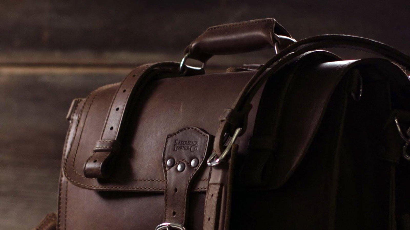 saddleback leather co bag